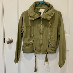 Green boxy jacket